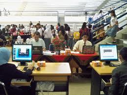 Kegiatan Akuntansi Dengan Menggunakan Teknologi