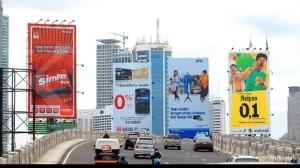 kinerja dan klasifikasi pajak reklame Tesis Kinerja dan Klasifikasi Pajak Reklame