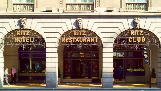 ritz-hotel The Ritz: The Ritz, Mansion Mewah di Pakuwon Indah
